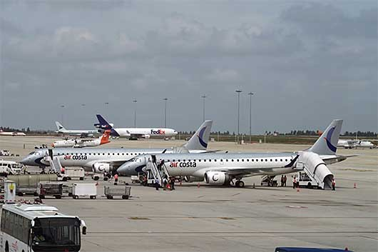 Air Costa Embraer E-190